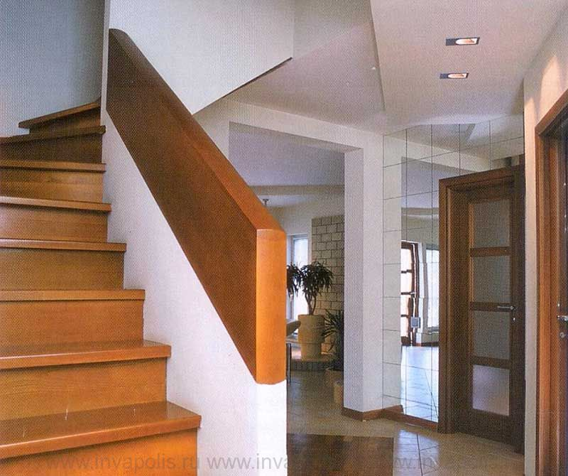 Холл в проекте интерьеров дома КАНАДСКИЙ
