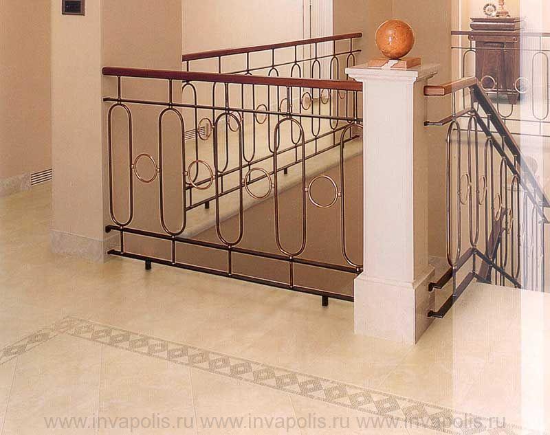 Двухпролетная монолитная мраморная лестница в проекте интерьеров особняка ЭДЕМ