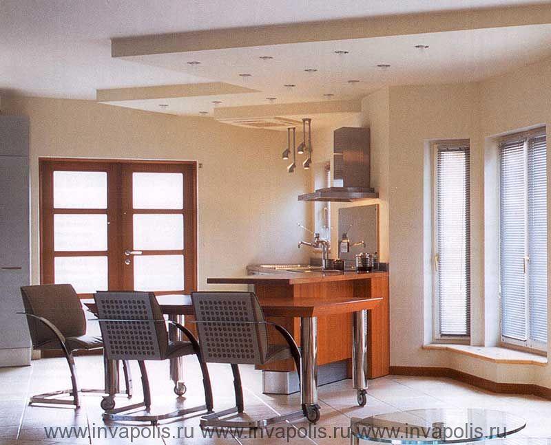 Многоуровневые потолки c системой освещения в лофт пространстве проекта интерьеров дома КАНАДСКИЙ